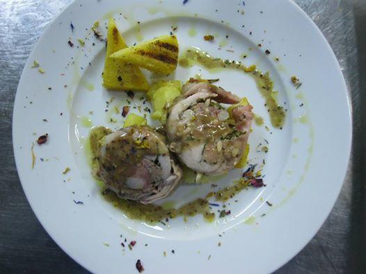 Coniglio in porchetta con polenta gialla di Marano